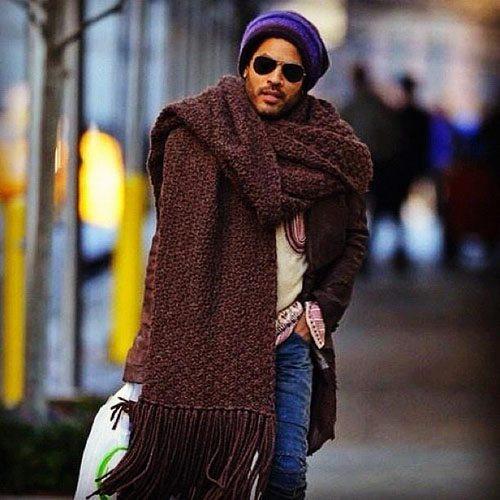 Lenny Kravitz Sporting a GIANT scarf